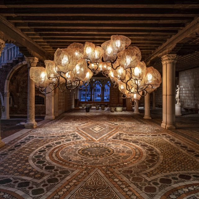 CARBONELL_Inside-a-Forest-Cloud-Chandelier