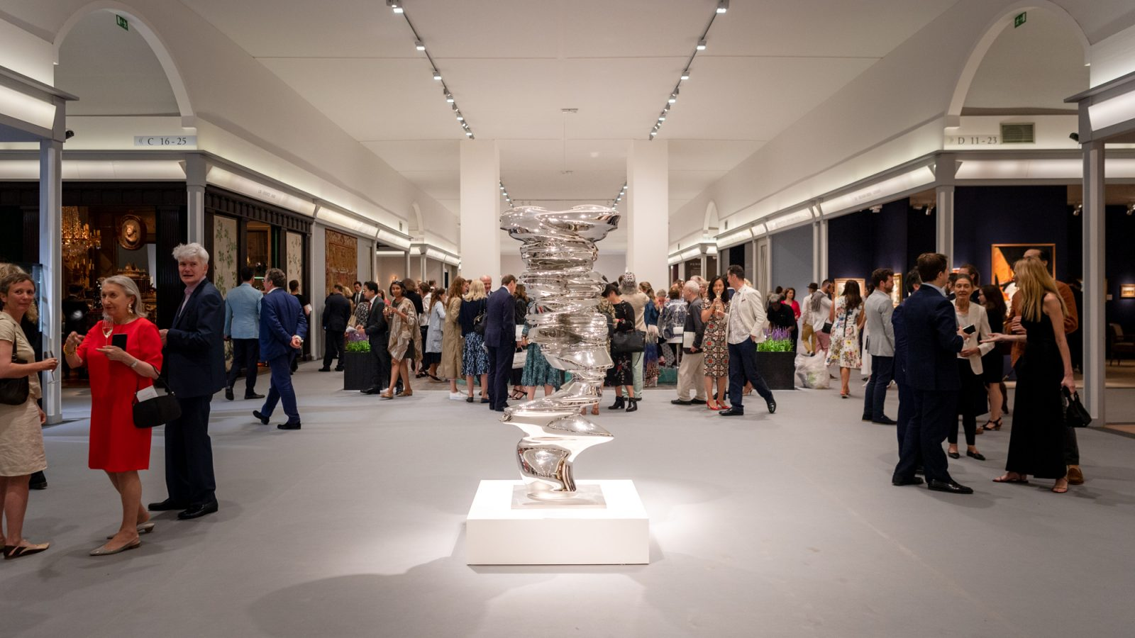 Installation view of Tony Cragg, Bust, 2014 from Jerome Zodo Gallery at Masterpiece London 2019, photography Ben Fisher, Courtesy Masterpiece London